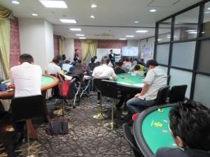 今後のIRの動きを熱心に聞く日本カジノスクール生