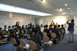 日本カジノスクール卒業式
