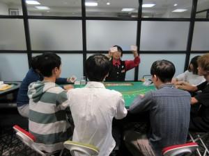 日本カジノスクールシャッフル